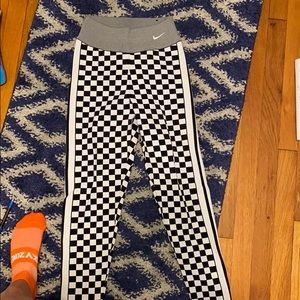 Nike checkered leggings